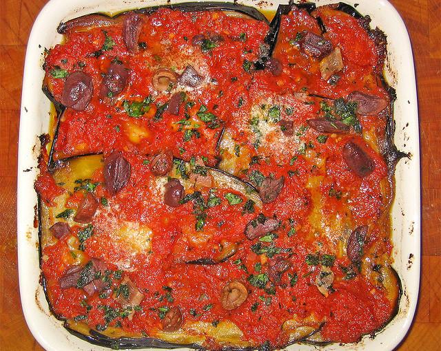Włoskie potrawy oraz polskie mięso sezonowane